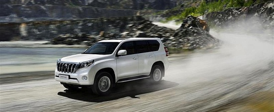 Land Cruiser i Lexus na podjum w Most Reliable Cars 2016