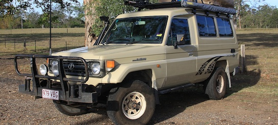 Land Cruiser HZJ 75 - Qwerty 256