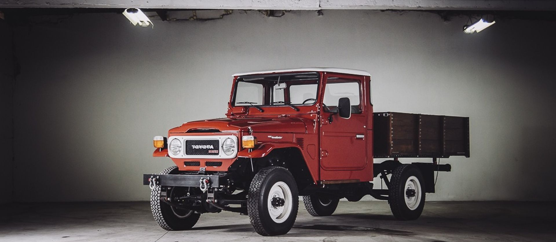 Land Cruiser BJ 45LP - Infinitum Classic Car Club